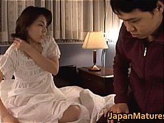 Mature Japanese chick ... - DrTuber