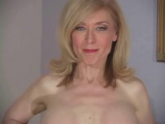 nina hartley,  lingerie, bas, collants, trentenaires, drôles