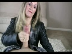 Sara James, hand job, klub, milf, ouer