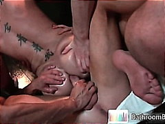 bien monté, trios, ejaculation interne, caresser, pipes, virils, hardcore, gay, groupe, orgie