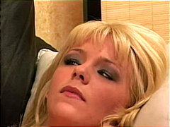 rasées, pipes, anal, avaler, stars du x, trios, blondes, double pénétration, collants, masturbation