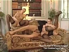 baiser, masturbation, trios, en levrette, pipes, lécher, pipes, blondes, stars du x