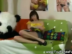 Teen girl gets a ht cap from hey toypanda