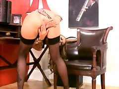 Exquisite blondie riding her snatch hard