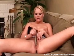 blonde, solo, toys