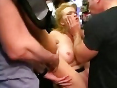 funduri, sex in public, dominare sexuala, in grup, cururi, sex fara preludiu, sclavie, sex cu degetul