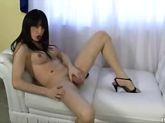 brunettes, trans, tatouages, masturbation, solo, strip