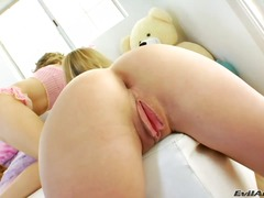 Kiera King, realiteit, coed, tiener, insteek, universiteit, monsterpiel, dildo, orgasme