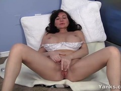 wet, contractions, shaved, jilling, pleasure, orgasm, stimulate, game, sexual, clitoris, milf, fingering, masturbation