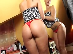 Kathia Nobili, posing, big ass, kathia nobili, tits, big boobs, small tits