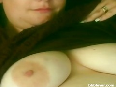 Fatty plumper fingers her pussy and gives head