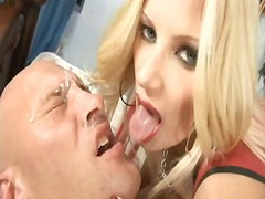 Perverted milf brittany andrews copulates her mans ass with her huge starp on