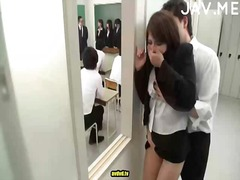 Hot japanese babe gets bush wrecked