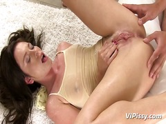 Hard xxx puss jessica rox showers inside pee