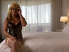 Cougar takes a huge facial