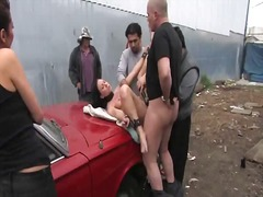 Julie Night, sex in public, sclavie, dominare sexuala