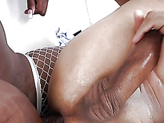 Ebony shemale tranny amateur pounds ass