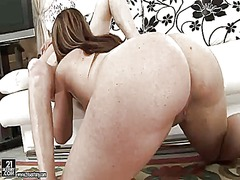 Laura is a lesbian sex fuck addict who loves elizabeths fuck hole so much